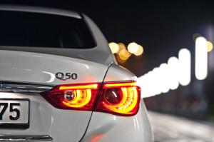 2015-infiniti-q50-test-6
