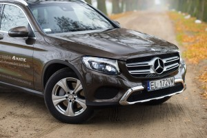2016-mercedes-benz-glc-220d-test-2