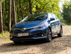 2015-toyota-auris-1-2-test-wyrz