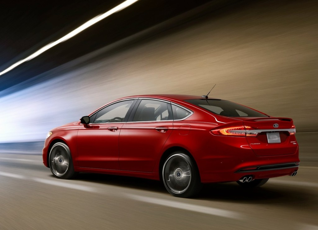 2017-ford-fusion-sport-02