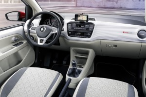 2016-volkswagen-up-06
