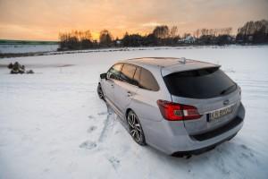 Subaru Levorg 1.6 GT-S tył lewy klapa bagażnik dach