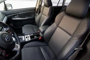 Subaru Levorg 1.6 GT-S wnętrze przód kierownica fotele kierowca
