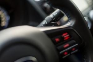 Subaru Levorg 1.6 GT-S wnętrze przód kierownica tempomat łopatki do zmiany biegów