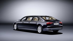 2016-audi-a8l-extended-03