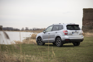 2015-subaru-forester-xt-test-20