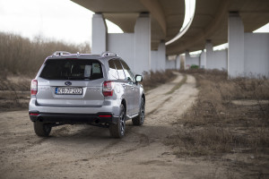 2015-subaru-forester-xt-test-22