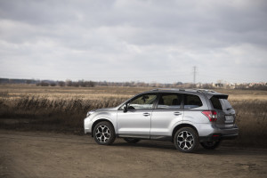 2015-subaru-forester-xt-test-24