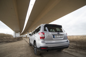 2015-subaru-forester-xt-test-44
