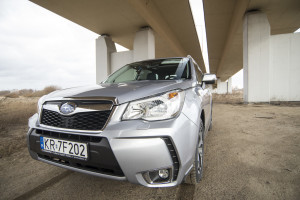 2015-subaru-forester-xt-test-45