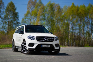 2016-mercedes-benz-gls-350d-test-1