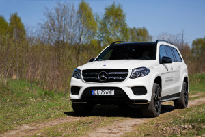 2016-mercedes-benz-gls-350d-test-3