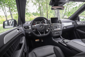 2016-mercedes-benz-gls-350d-test-8