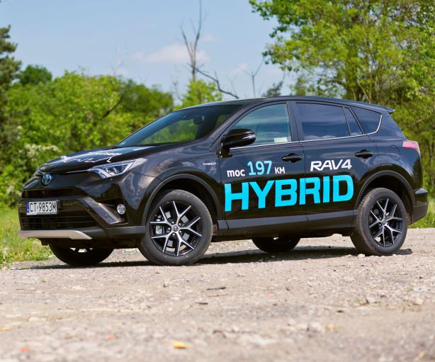 2016-toyota-rav4-hybrid-test-wyroz