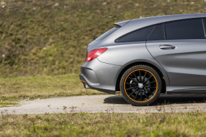 2015-mercedes-benz-cla-shooting-brake-orange-art-test-15