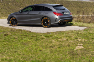 2015-mercedes-benz-cla-shooting-brake-orange-art-test-2