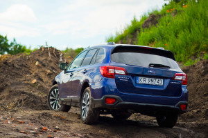2016-subaru-outback-2-5i-exclusive-test-5