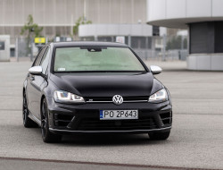 2016-volkswagen-golf-r-test-wyroz