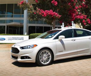 2016-ford-fusion-02