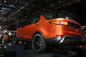 2017 Land Rover Discovery fot. carscoops.com