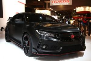 2017 Honda Civic Type R Prototype fot. carscoops.com