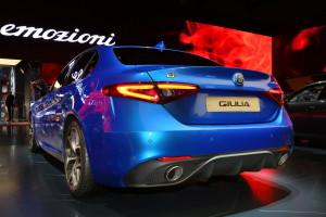 2017 Alfa Romeo Giulia Veloce fot. carscoops.com