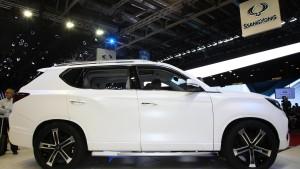 Ssangyong LIV-2 SUV Concept fot. motor1.com