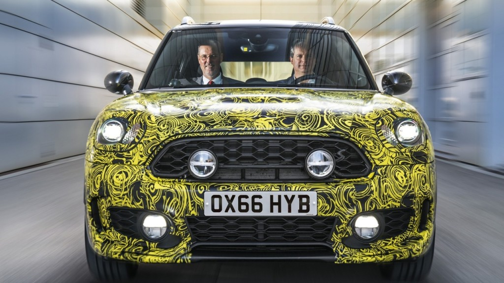 2017-mini-countryman-e-02
