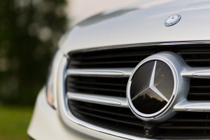 2016-mercedes-benz-v250d-amg-line-test-8