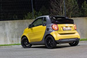 2016-smart-fortwo-cabrio-test-10