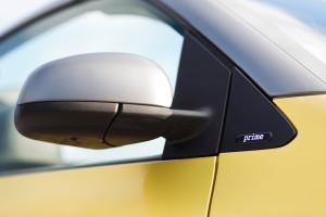 2016-smart-fortwo-cabrio-test-16