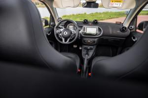 2016-smart-fortwo-cabrio-test-17