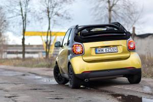 2016-smart-fortwo-cabrio-test-2