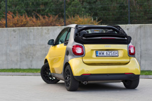2016-smart-fortwo-cabrio-test-6