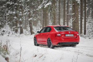 2016-skoda-octavia-rs-230-test-2