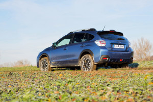 2016-subaru-xv-2-0i-exclusive-test-6