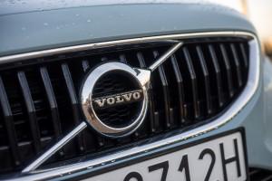 2016-volvo-v40-t4-test-16