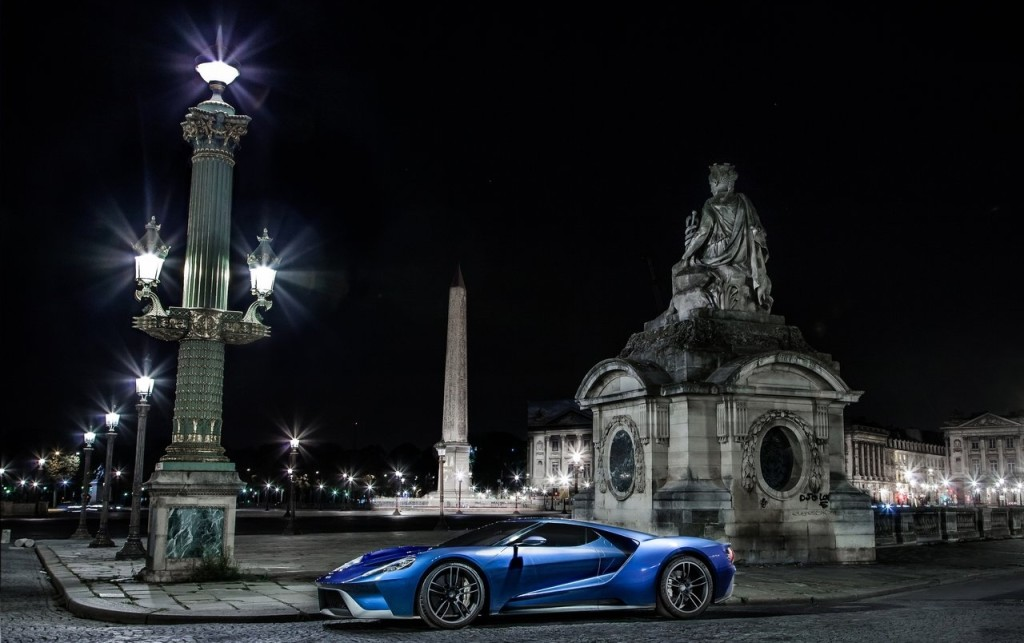 2017-Ford-GT-02
