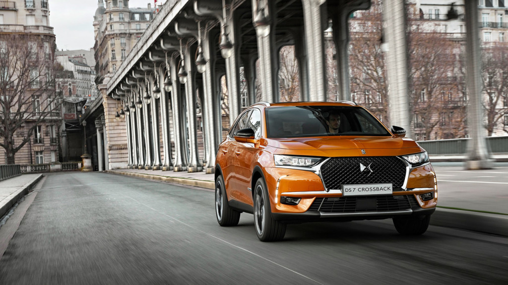 2017-ds-7-crossback-04