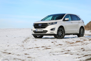 2016-ford-edge-sport-test-1