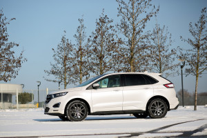 2016-ford-edge-sport-test-10