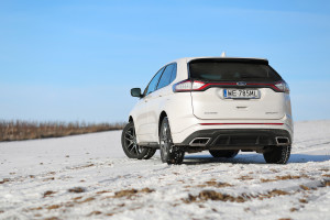 2016-ford-edge-sport-test-2