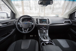 2016-ford-edge-sport-test-22