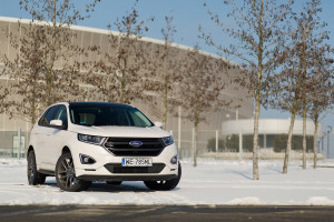 2016-ford-edge-sport-test-3