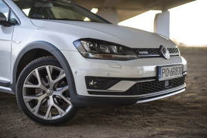 2016-volkswagen-golf-alltrack-18-tsi-4motion-test-12