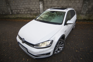 2016-volkswagen-golf-alltrack-18-tsi-4motion-test-27