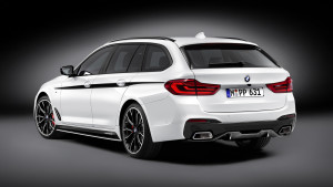 2017-bmw-5-series-touring-with-m-performance-parts