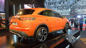 2017-ds-7-crossback-2