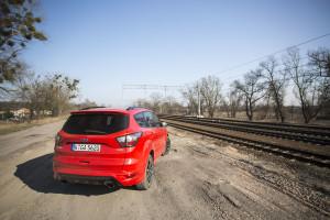2017-ford-kuga-facelift-st-line-1