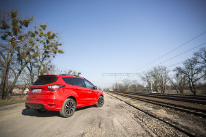 2017-ford-kuga-facelift-st-line-2